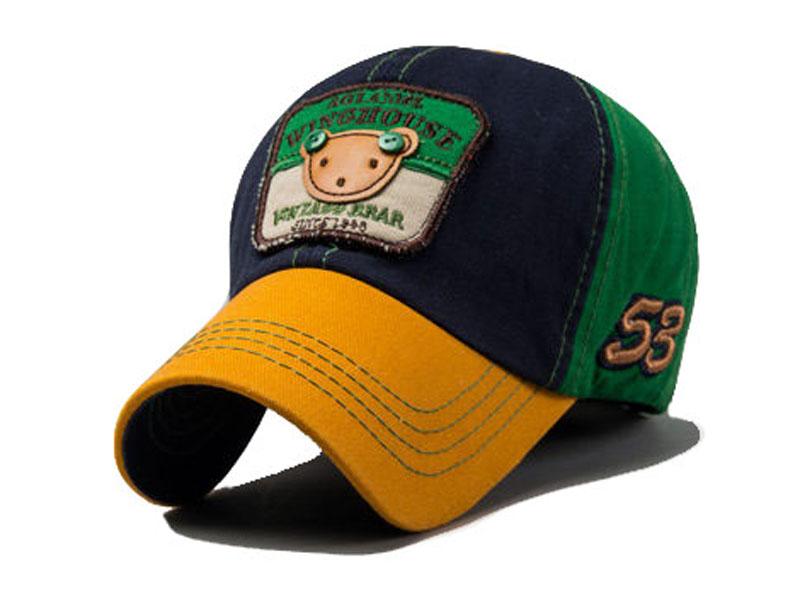 凯维帽业-小浣熊贴布绣花拼色棒球帽 RM565