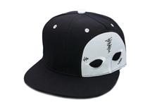 凯维帽业-2015新款黑白色拼接卡通眼睛绣花嘻哈街舞平板帽-PJ126