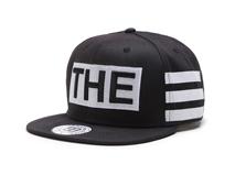凯维帽业-绣花字母平板帽 黑色简约大方 街舞帽 外贸出口定做-PM084
