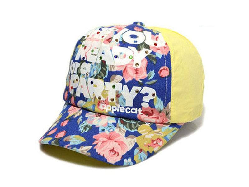 凯维帽业-秋冬女童印花拼色棒球帽定做RM562